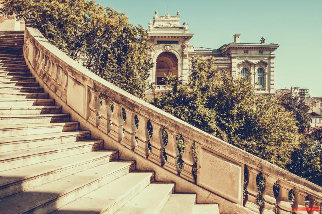 Escalier du palais Longchamp